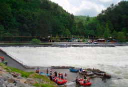 Half Day middle ocoee river white water rafting